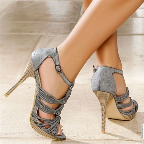 High heels and weight loss
