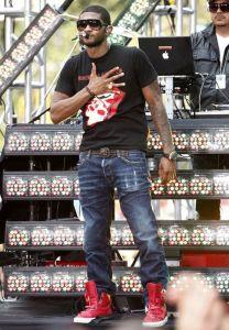 Usher's best dancing moves